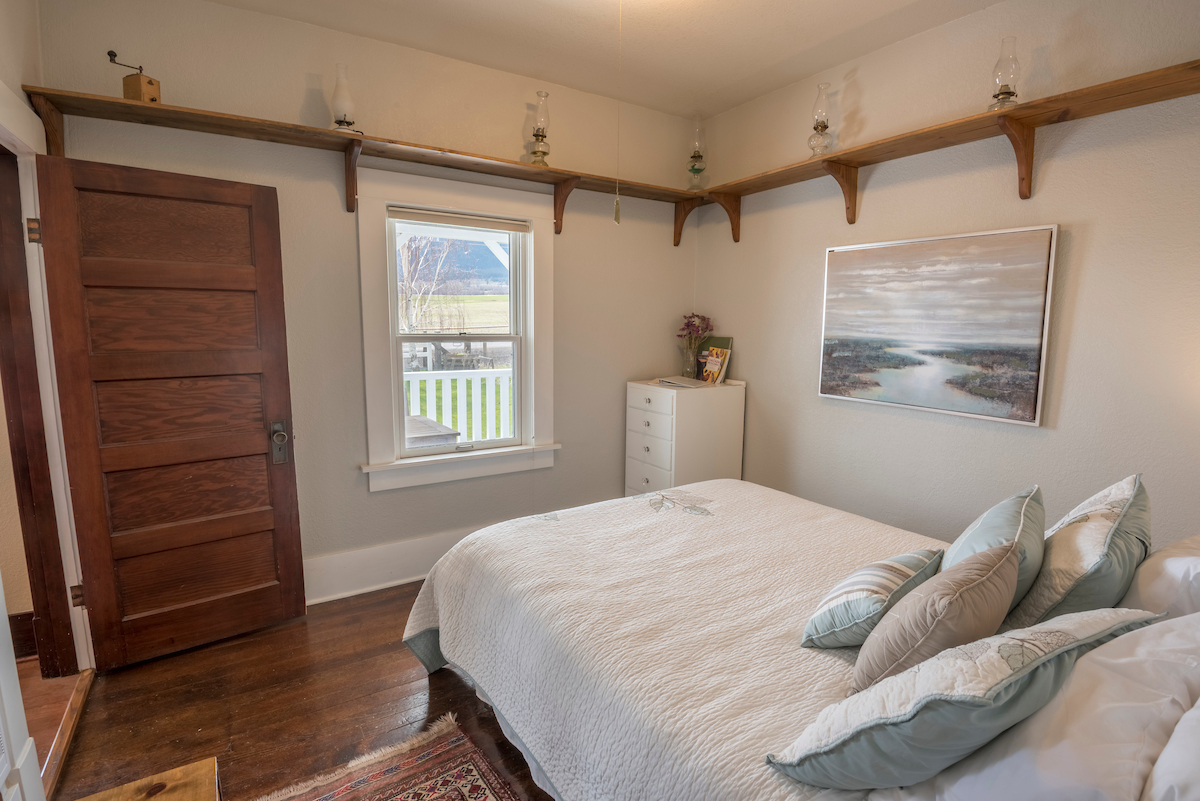 Guest Rooms for Rent in the Wallowa Mountains, OR